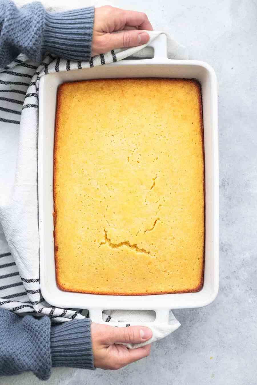BEST Super Moist Cornbread easy cornbread recipe | lecremedelacrumb.com