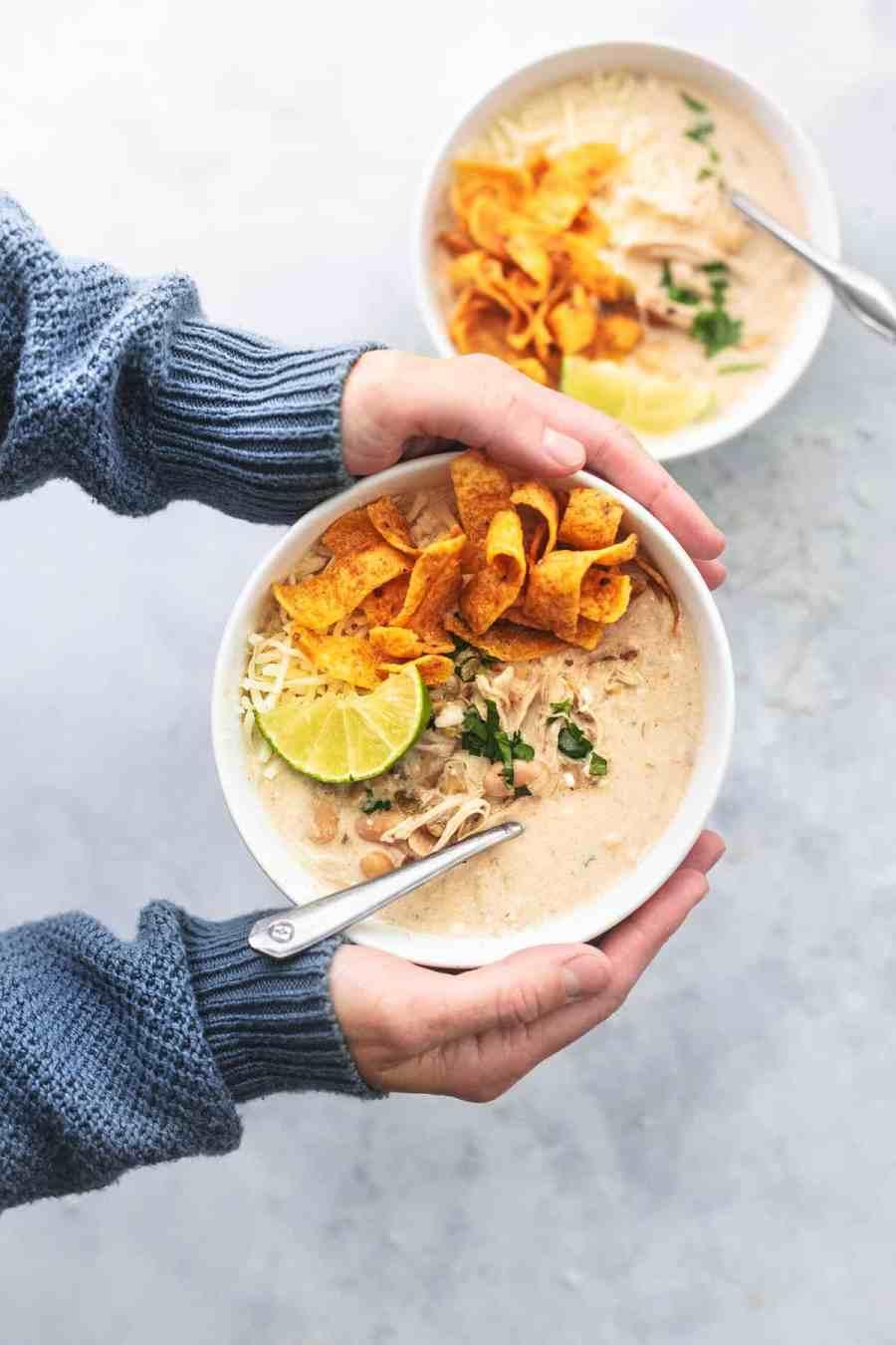 Easy Instant Pot White Chicken Chili recipe healthy dinner recipe | lecremedelacrumb.com