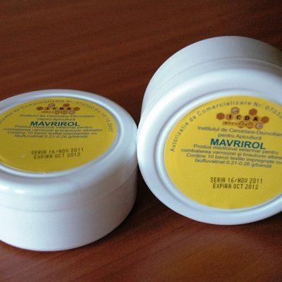 12 medicamente pentru albine