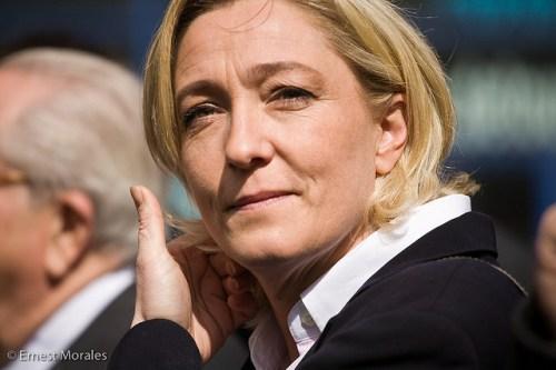Marine Le Pen constitue un groupe au Parlement européen