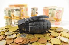 banque-faillite-degradation-note-fitch-danger-epargne-argent