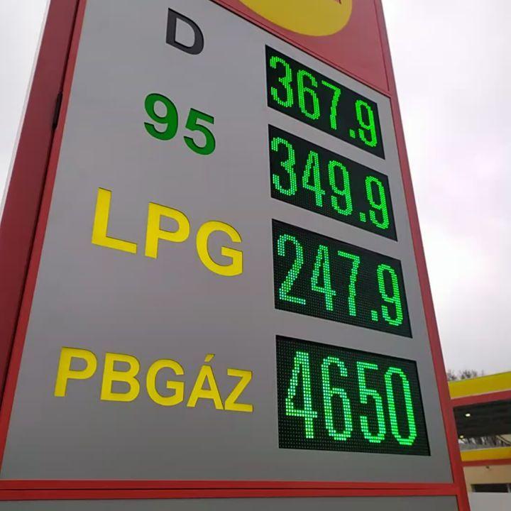 Benzinkút árkijelző integrált ledfallal