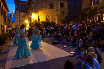 Le danzatrici di Iside a Barberino Val d'Elsa