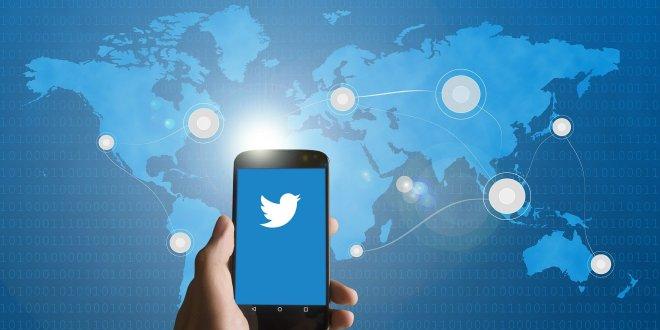 smartphone Twitter