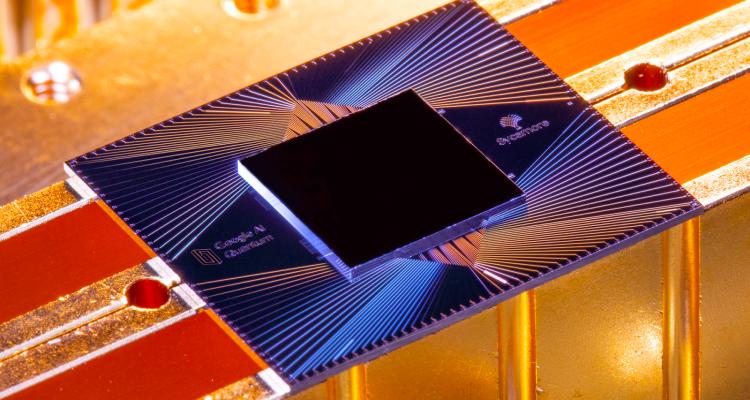 Processeur quantique Sycamore de Google, photographié par Erik Lucero