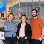 Les trois fondateurs de Skello: Quitterie Mathelin-Moreaux, Emmanuelle Fauchier-Magnan et Samy Amar