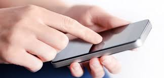 E' reato l'intrusione tra gli sms del coniuge: importante avviso ai naviganti… della rete!