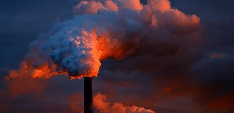 Allarme Clima. Mai così alto CO2 nell'atmosfera.