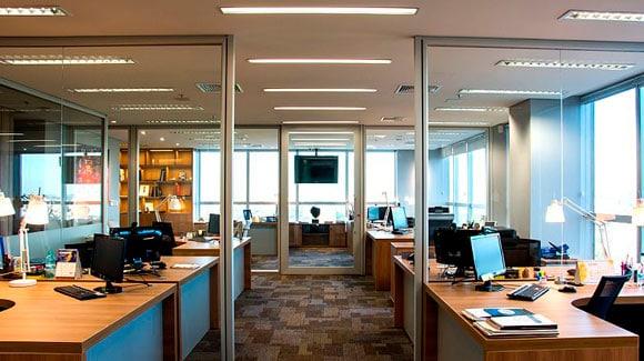 Aplicação do LED Tubular T8 W10 60cm em Escritórios e Empresas