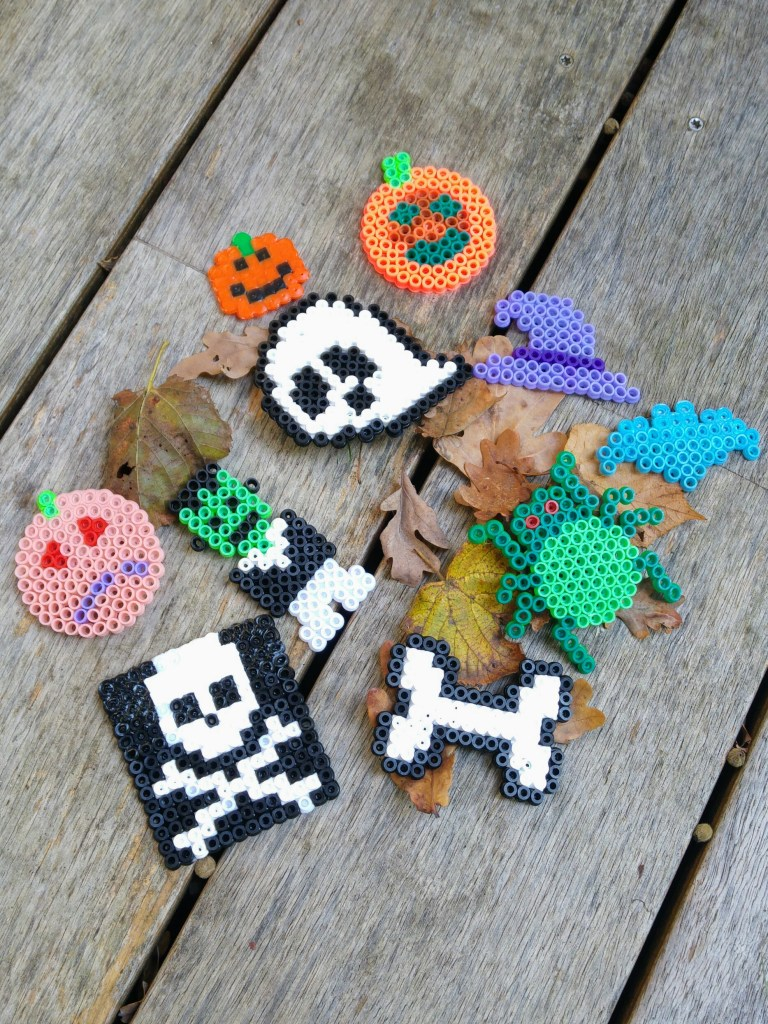 halloween perles hama perles à repasser décoration fait main handmade