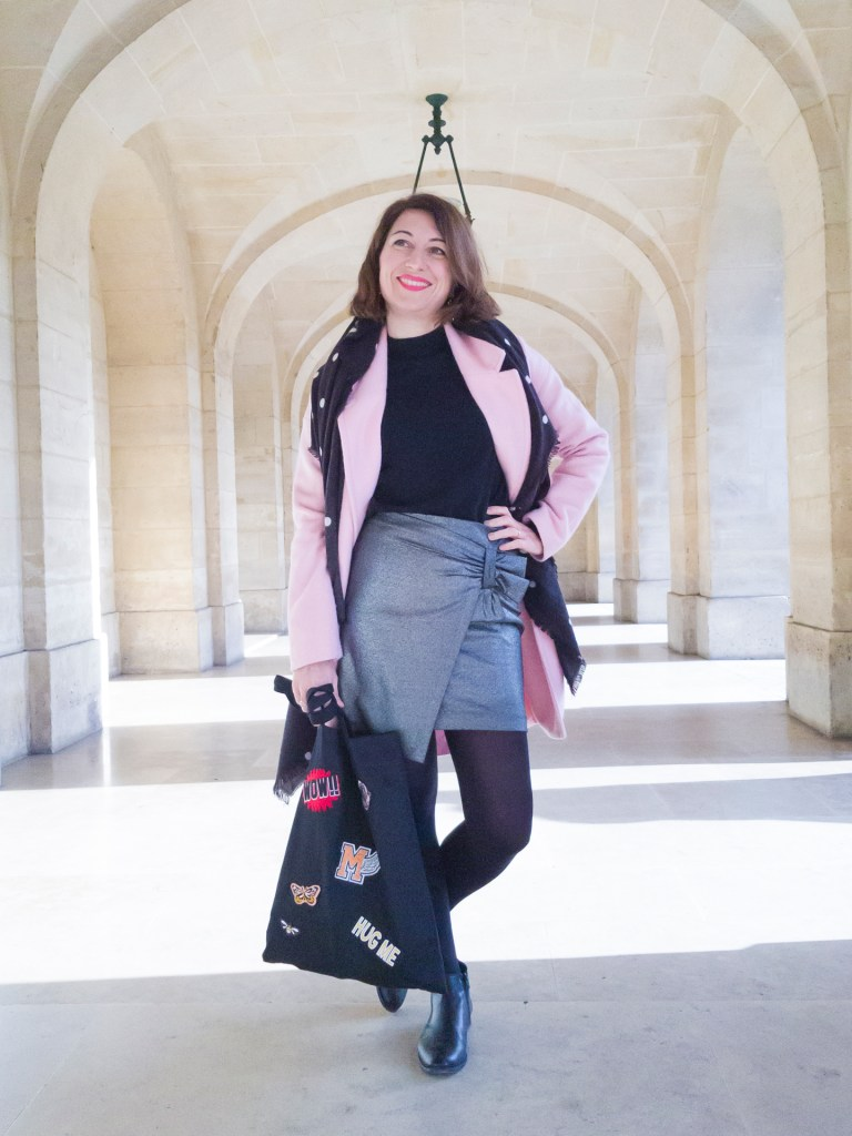 jupe glitter paillettes brillante manteau rose camaieu pimkie tote bag boots noires paris blog blogueuse mode paris