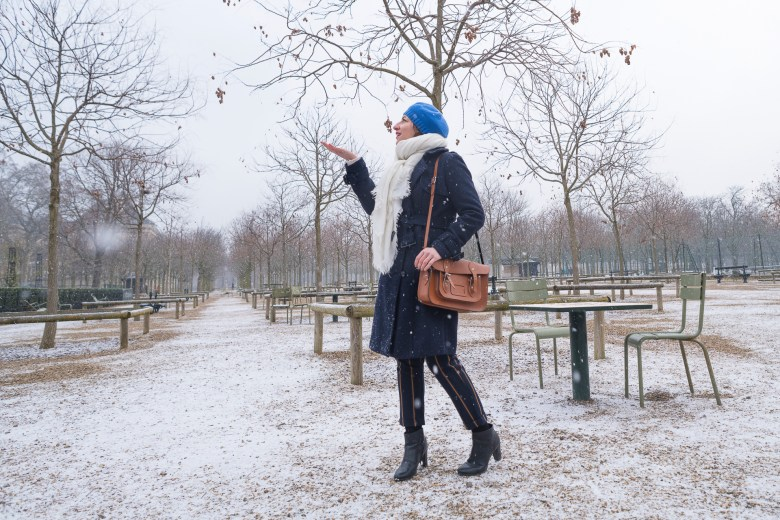neige snow blanc rayure bleu marine parc parisien paris blog mode fashion sac cartable