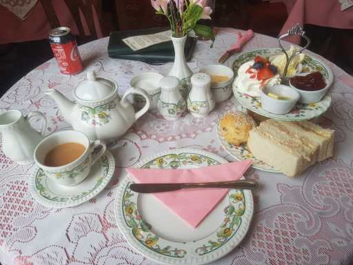 Afternoon tea in Conwy