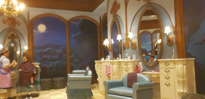 The Bibbidi Bobbidi Boutique salon