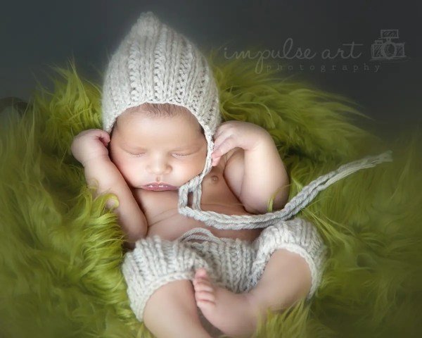 Newborn Shorts and Pixie Hat Knitting Pattern