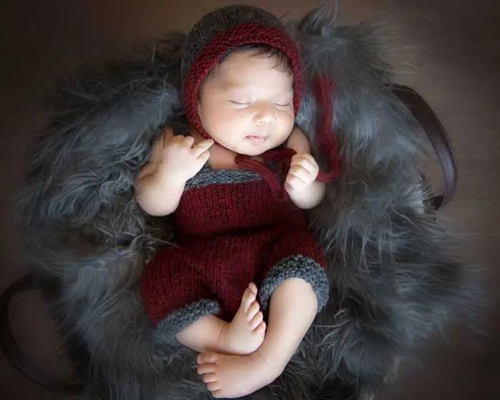 Newborn Bonnet and Overalls Knitting Pattern