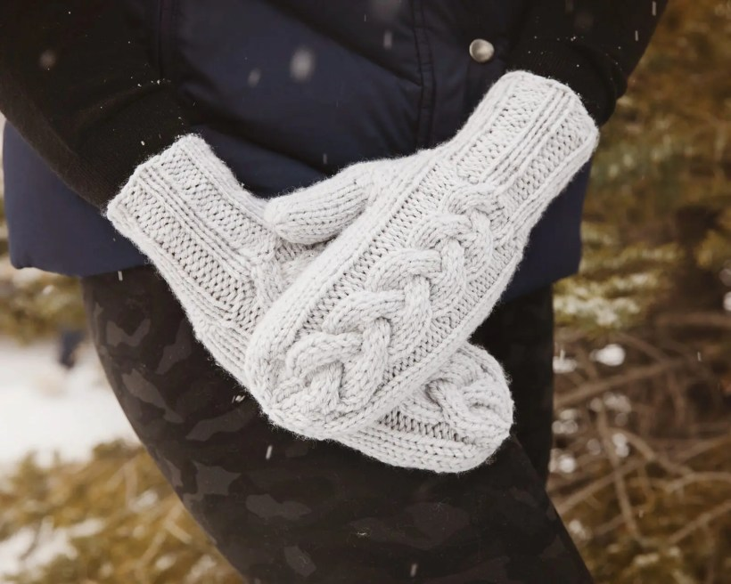 Bulky Cable Knit Mittens Pattern - Leelee Knits