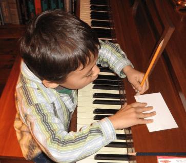 Maak je eigen muziek: je kunt niet vroeg genoeg beginnen!