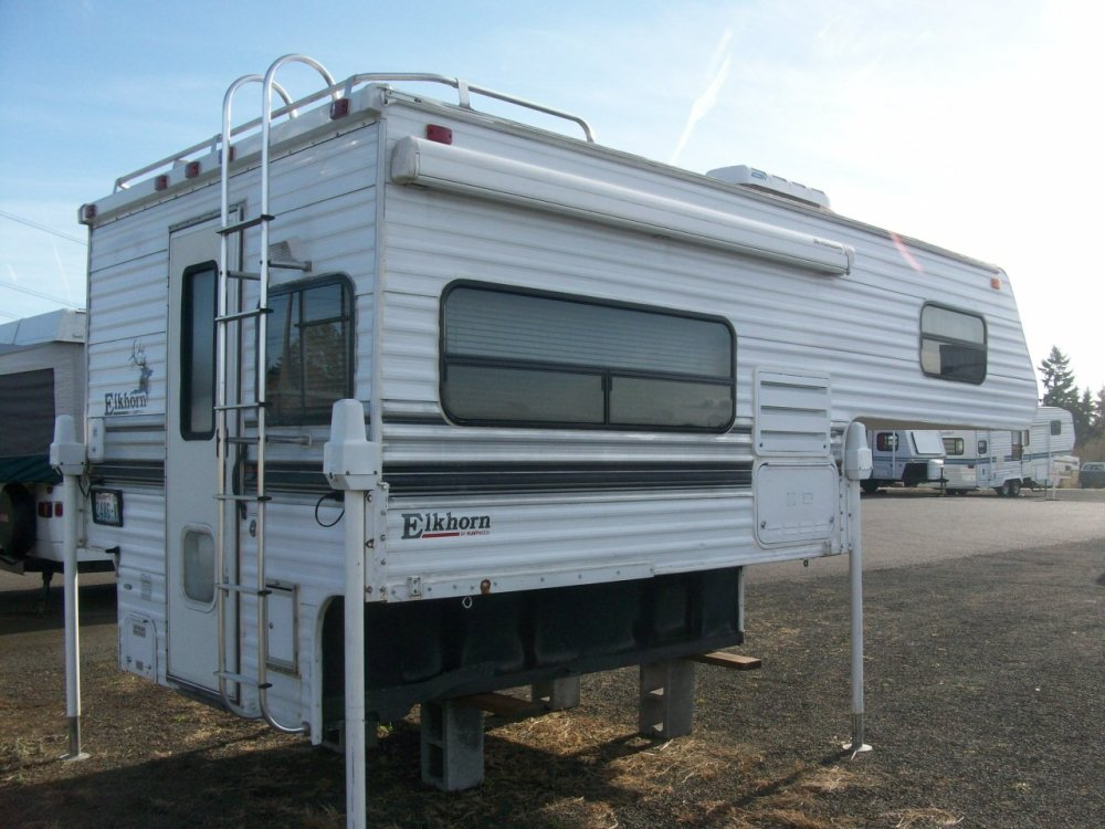 medium resolution of 1998 fleetwood 8 elkhorn slide in camper