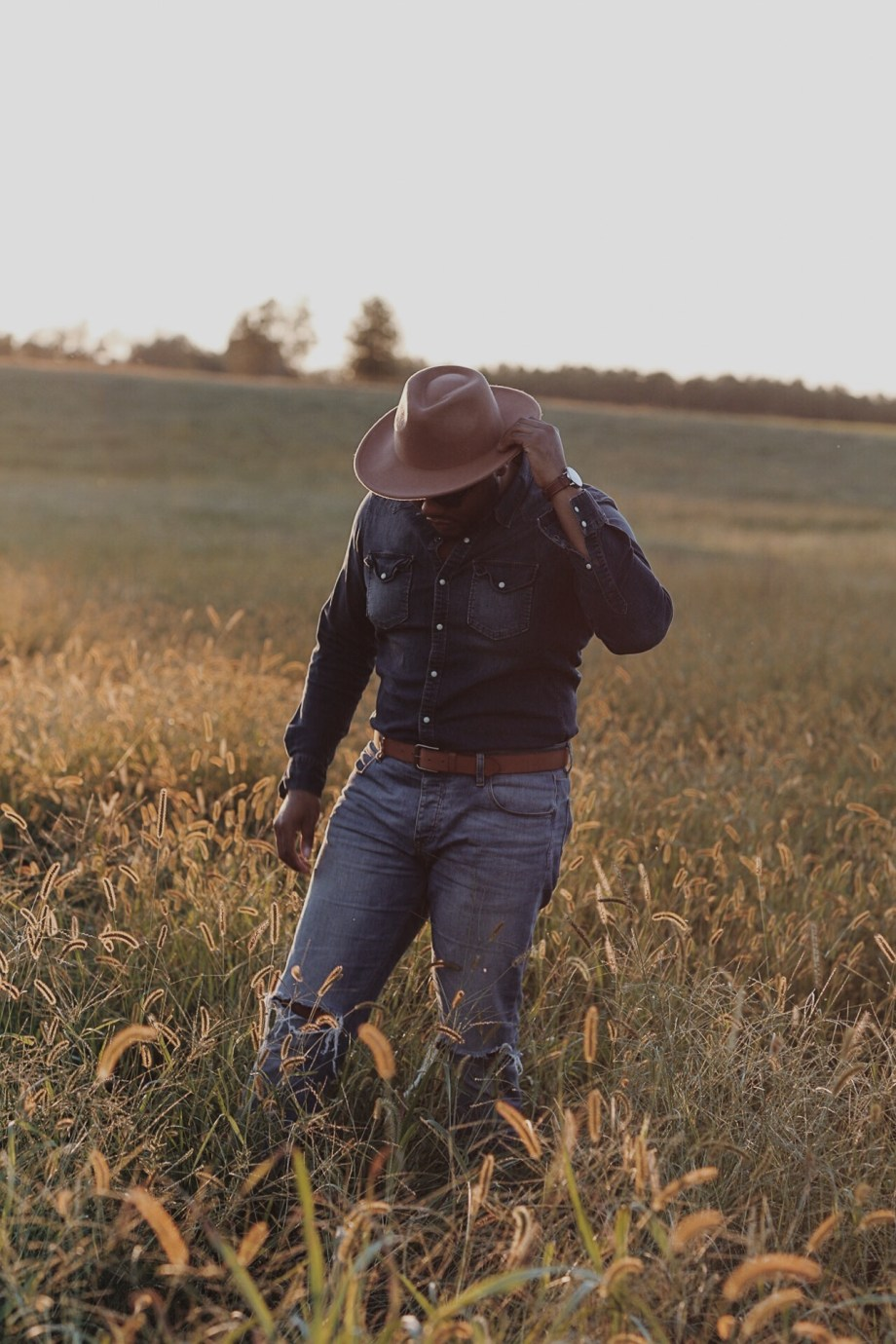 How to Pull Off the Western Style Fashion Trend