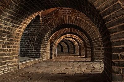 vaulted-cellar-tunnel-arches-keller-cellar-speed-1
