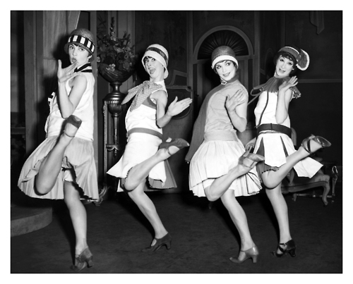 1920s-flapper-dances