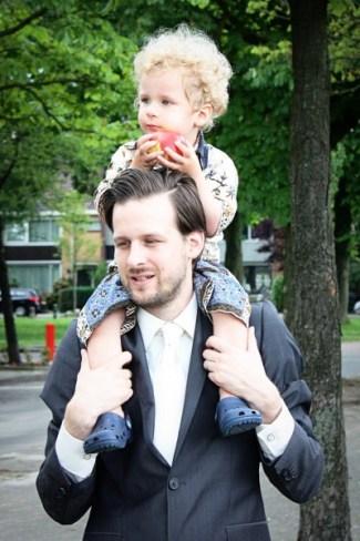 meneer LeesVoer met zoon