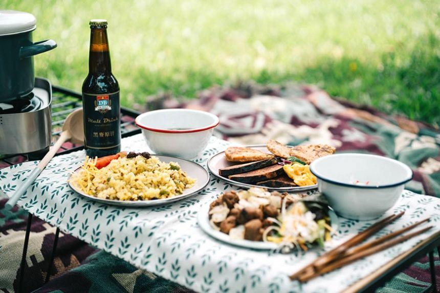 就是要這麼簡單!豐盛露營料理輕鬆煮   食品與廠商   有機智慧   天天里仁 每一天更安心的選擇