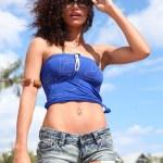 Tenue décontractée - Top bandeau Akina bleu & Short en jeans