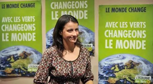 Titulaire d'un DEA en géographie et diplômée de l'Essec, Cécile Duflot, âgée de 33 ans, a su pacifier son parti.