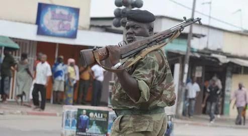 Un calme précaire semblait revenu, samedi, dans les rues de Port-Gentil, où des centaines de pilleurs ont sévi après l'annonce, jeudi,de l'élection contestée d'Ali Bongo comme nouveau président du Gabon.