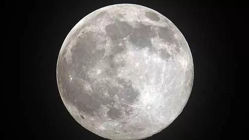 La d�couverte d'eau sur la Lune est de bon augure pour les prochaines missions.