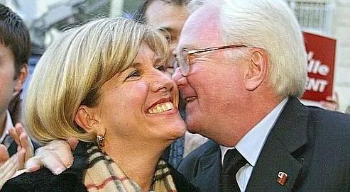 Sylvie Andrieux risque la mise en examen à l'issue de son audition. Michel Vauzelle (à droite), le président socialiste de la région, s'est porté partie civile.