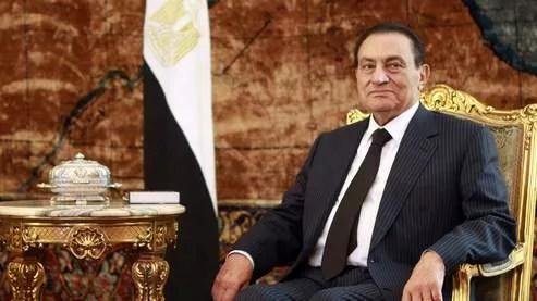 La fortune d'Hosni Moubarak serait estimée à 15 milliards de dollars, selon des experts du Moyen-Orient.