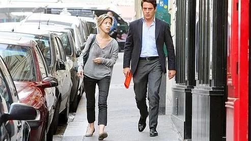 Tristane Banon et son avocat, David Koubbi, à Paris le 5 juillet 2011.