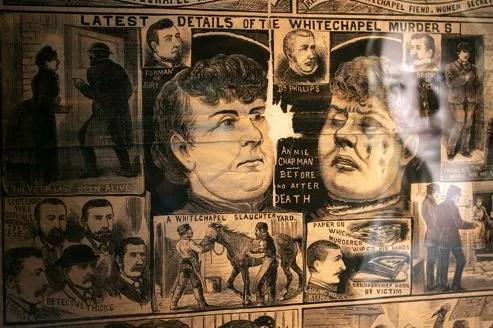 Une reproduction des journaux de l'époque.
