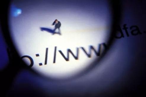 Pour éviter de voir son intimité exposée sur le Net, le plus simple est de ne pas se laisser prendre en photo.
