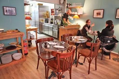 Eh oui!!!, entre la chic cantine et du salon de thé.