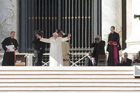 Le pape Benoît XVI, mercredi, au Vatican.