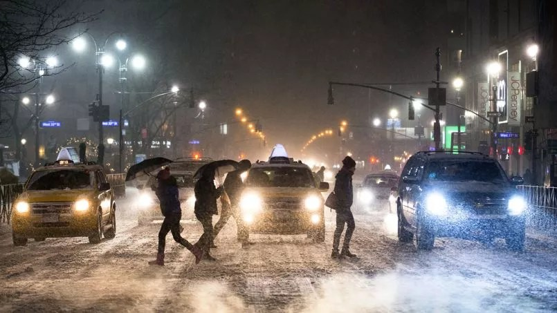 À New York, il devrait faire jusqu'à -13°C dans la nuit de vendredi à samedi avec un ressenti de -23°C en raison du vent.