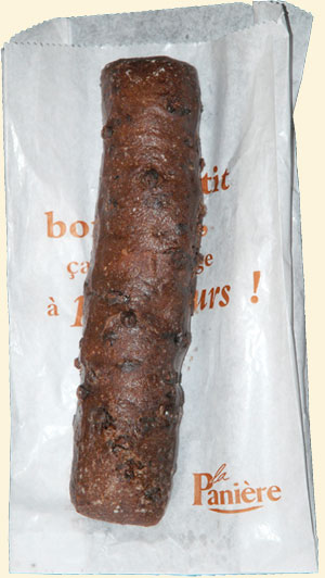 <Picture of a French 'baguettine au chocolat' - a chocolate roll in English>