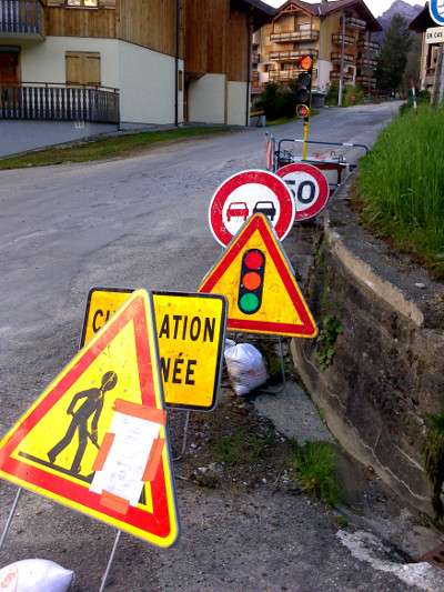 Roadsigns in France, copyright Le Franco Phoney