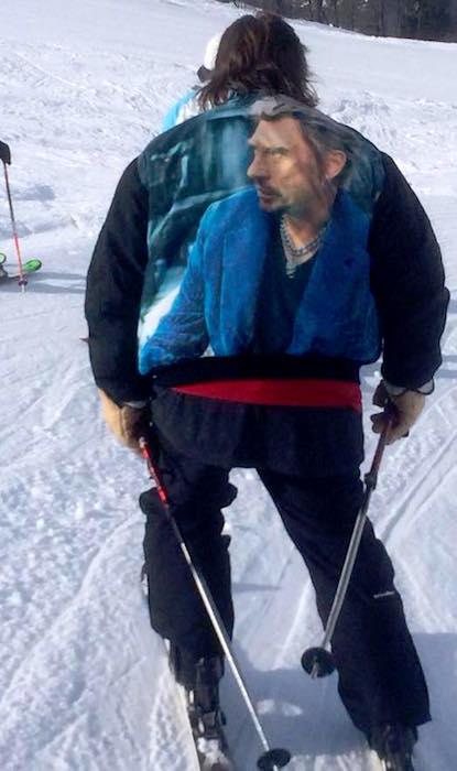 Johnny Hallyday skiing