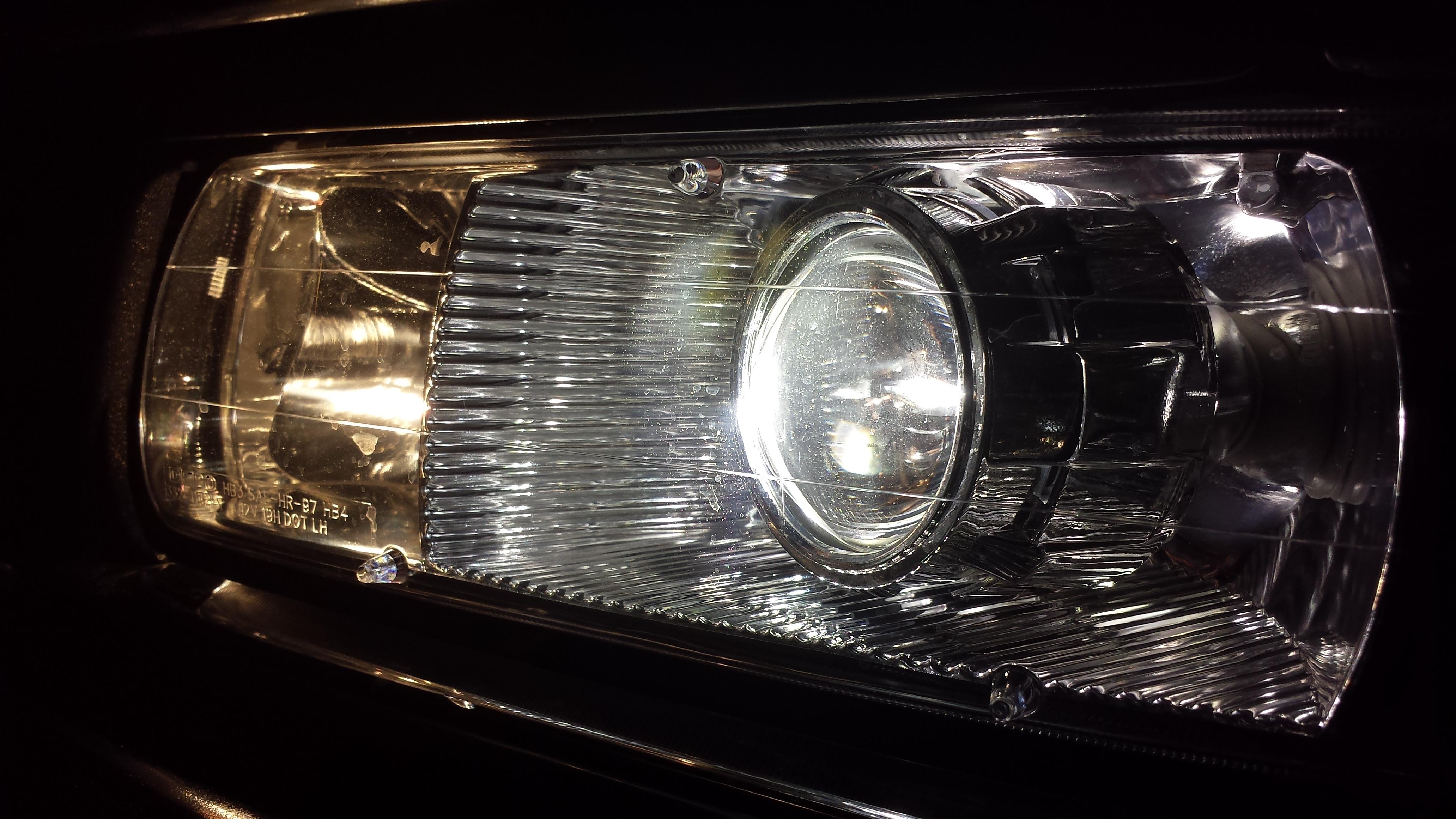 HID Retrofit – 2002 2500HD LB7 Chevy Silverado
