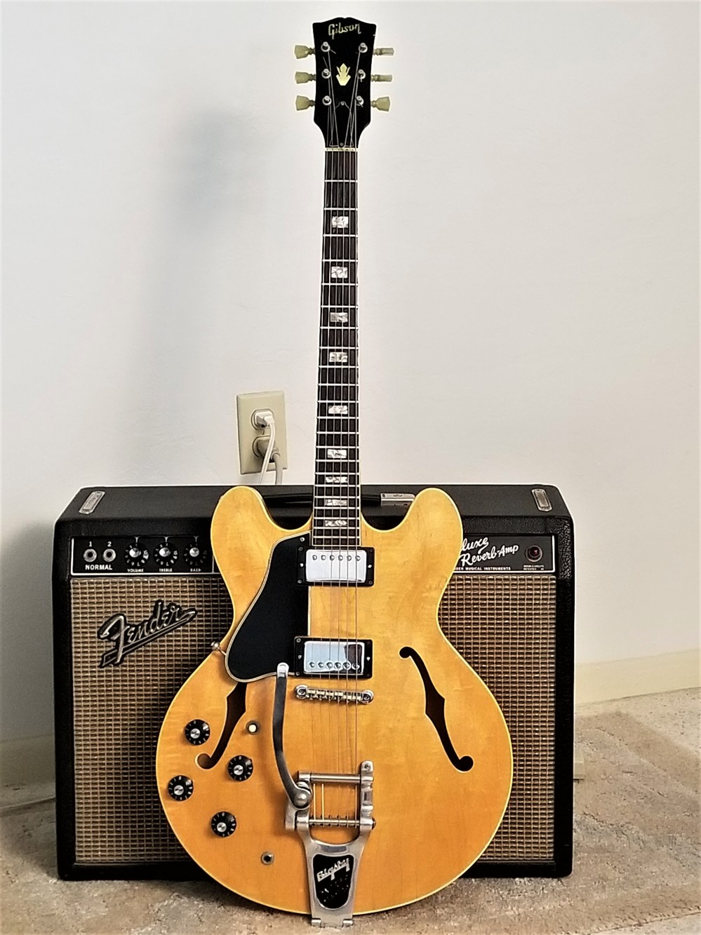 medium resolution of 1968 gibson blonde es 335 100 original with ohsc 1 of only 2