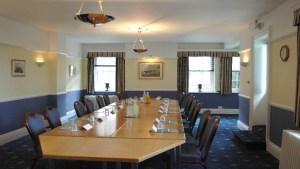 earl-jellicoe-boardroom-style