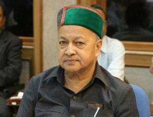 Himachal HC stays arrest of Virbhadra Singh
