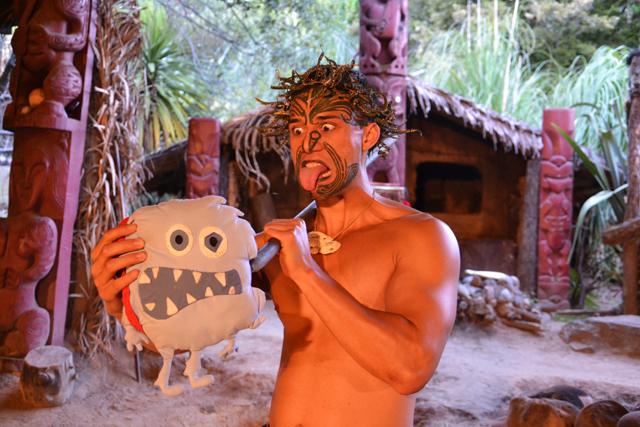 monstruo come destinos maori