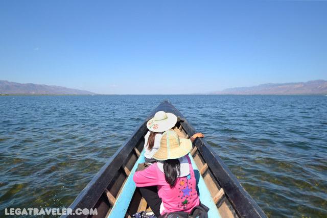 barca-lago-inle