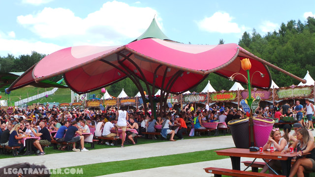 donde-comer-en-tomorrowland-food-courts
